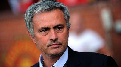 Mata going nowhere, says Mourinho