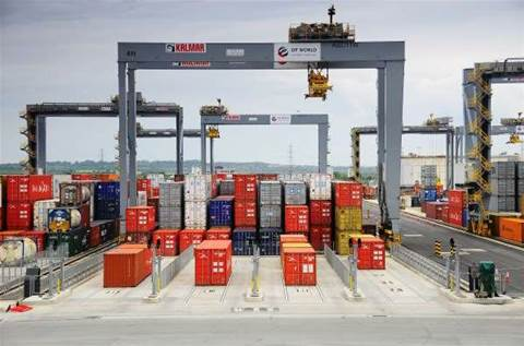 Brisbane Port buys two new robot cranes