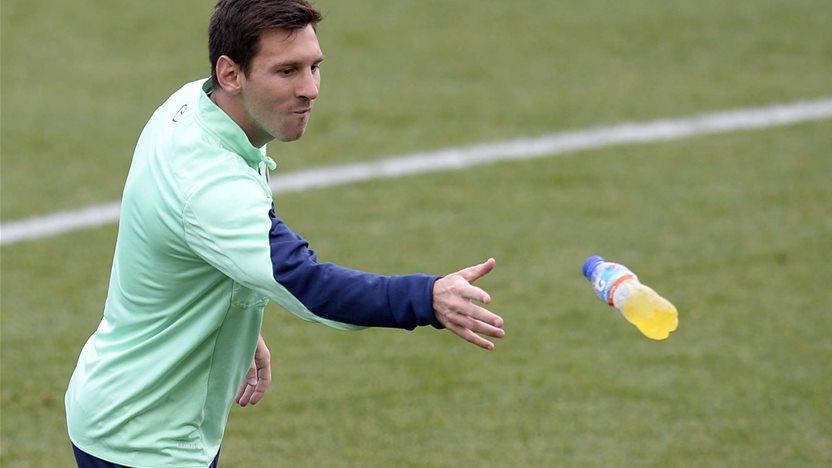 Martino coy over Messi return