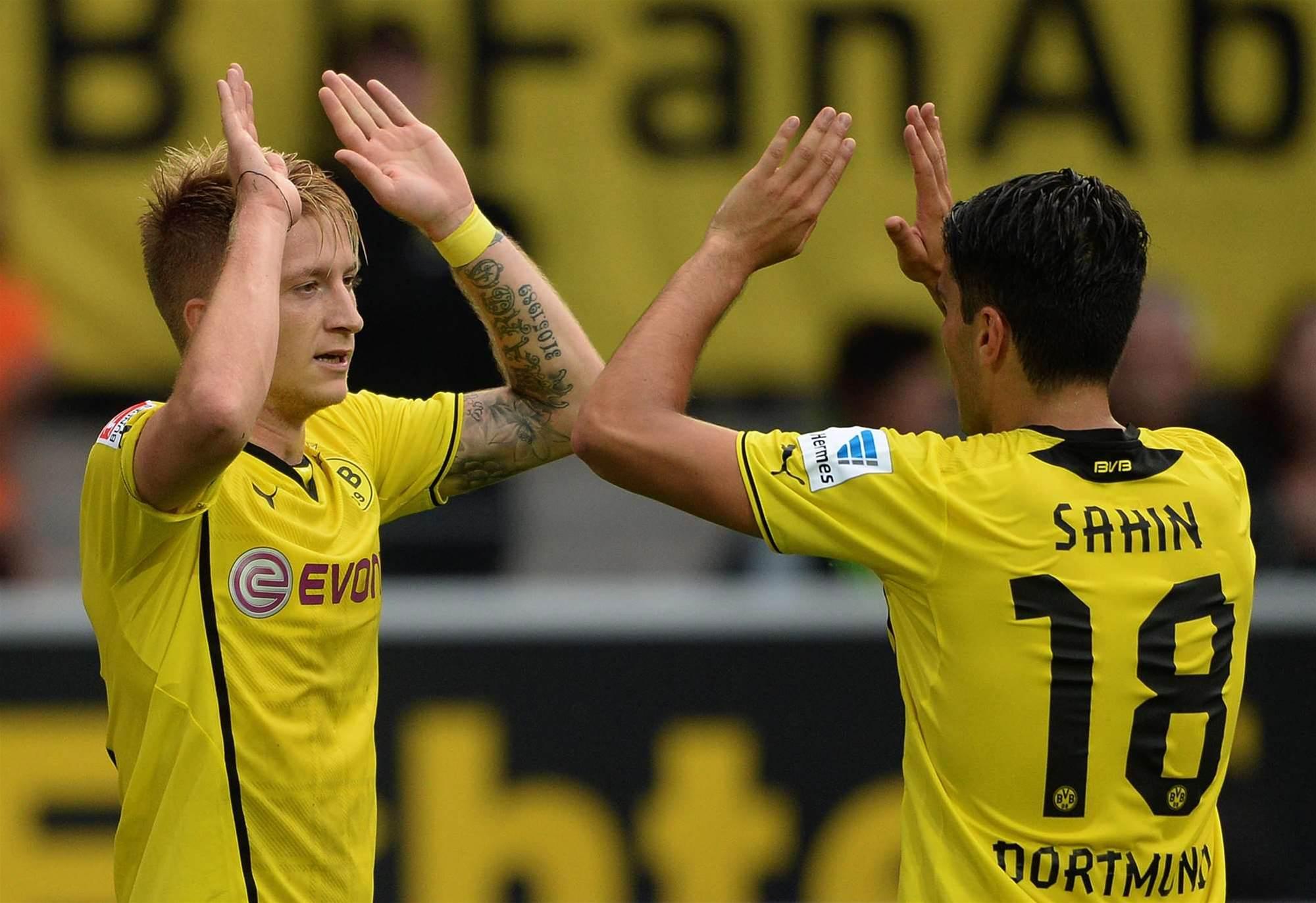 Bundesliga Wrap: Dortmund move top, Hertha held