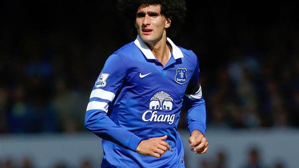 Fellaini seals Manchester United switch