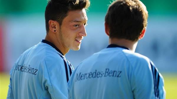 Real stars saddened over Ozil departure