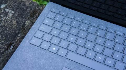Review: Microsoft Surface Laptop