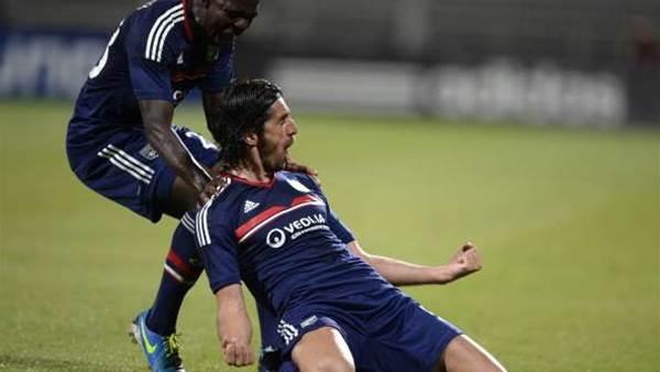 UCL Wrap: Lyon, PSV claim home wins
