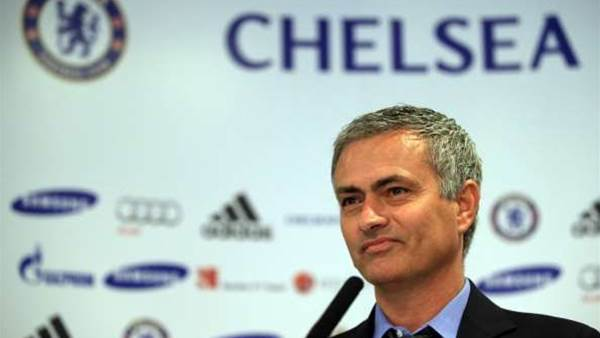 Mourinho insists Chelsea players not for sale