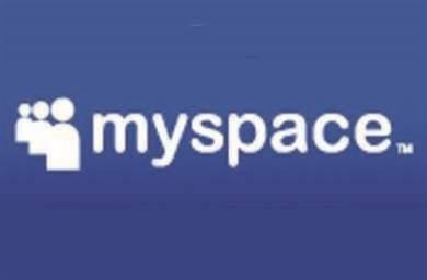 MySpace CEO confirms 500 layoffs