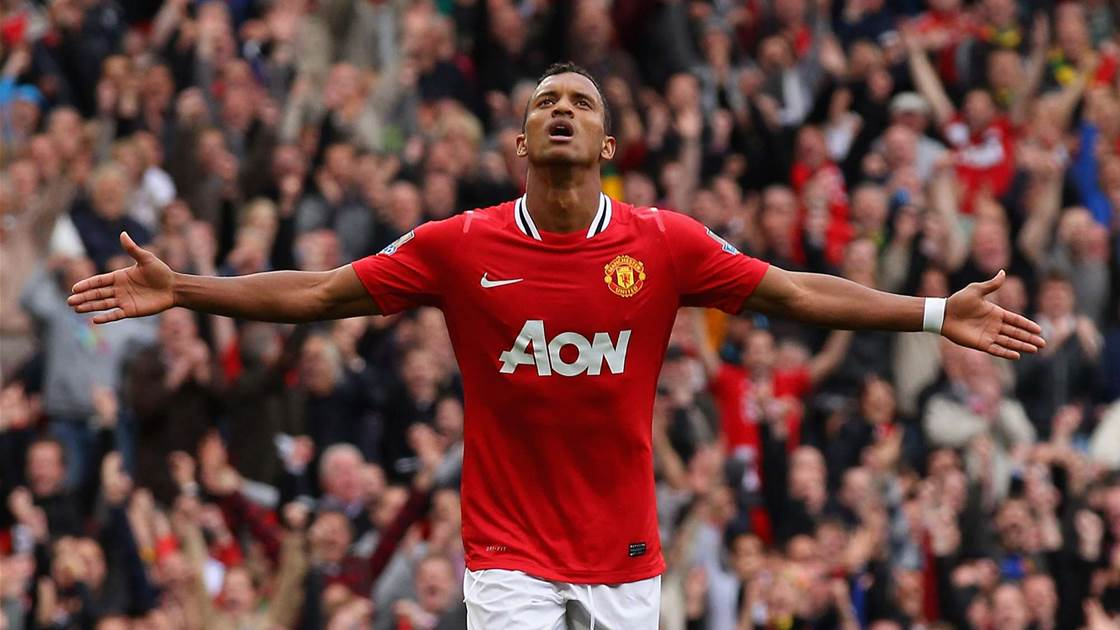 Nani extends Manchester United deal