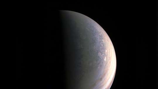 Listen to the eerie and alien landscape of Jupiter