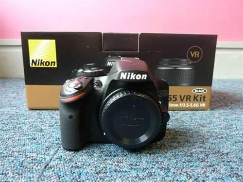 Nikon D3200 unboxing
