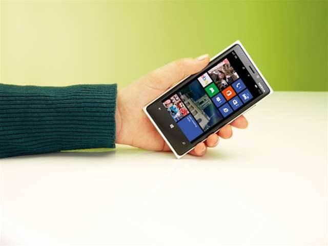 The Nokia Lumia 920 reviewed: great screen, but battery life is disappointing