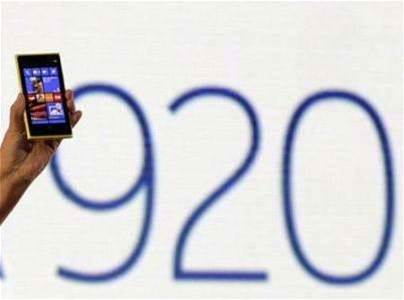 Nokia unveils Windows phones