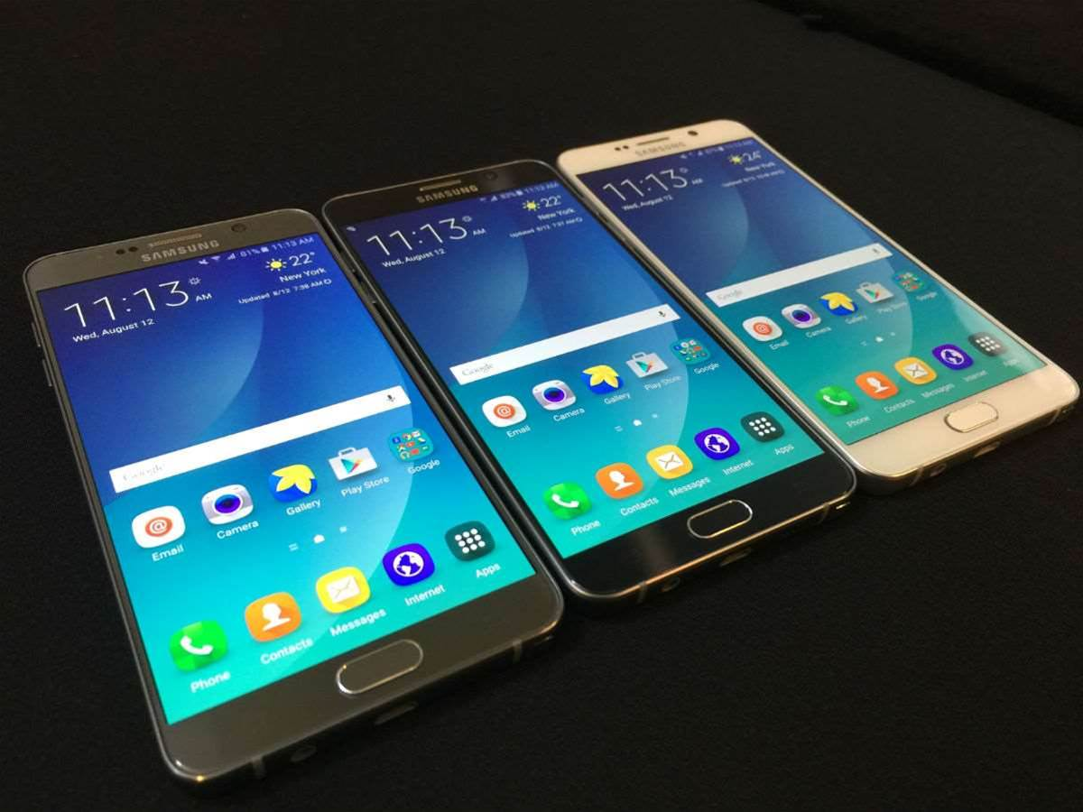 Samsung could be building the Galaxy Note 6 to take a dunking, and it could be getting an iris scanner