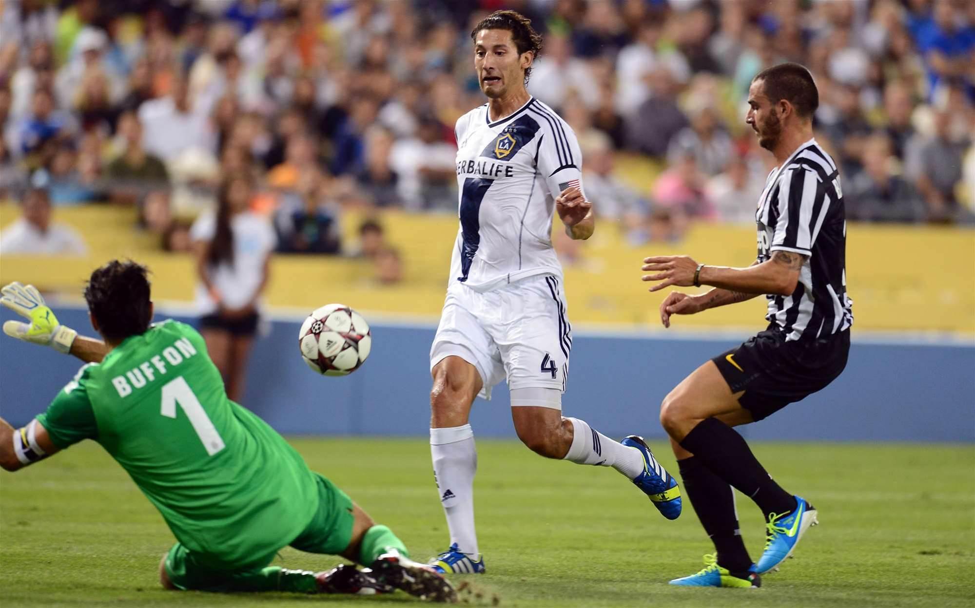 LA Galaxy stun Juventus