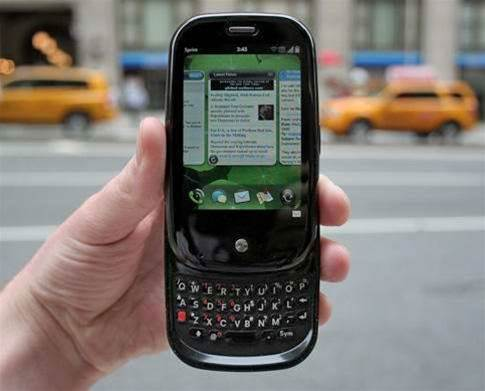 RIP WebOS, the Best Smartphone Platform Nobody Used