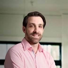 IAG hires Deloitte IT director as 'disruptive' tech deputy