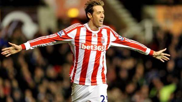 Crouch coy on Stoke future