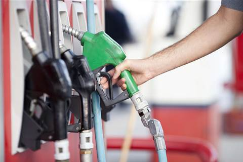 Petrol apps save motorists millions: ACCC