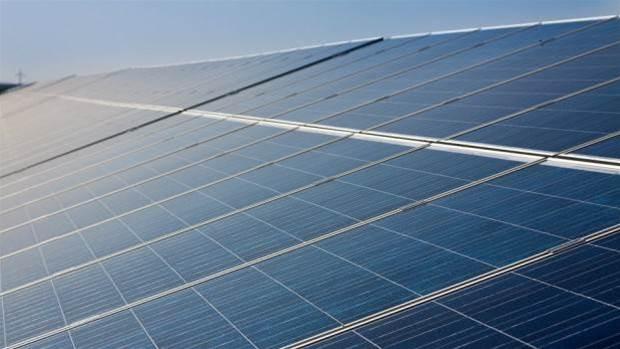 Explainer: How do solar panels work?
