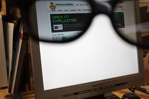 VIDEO: How To Make Your Old LCD Screen A Stealth Viewing Setup