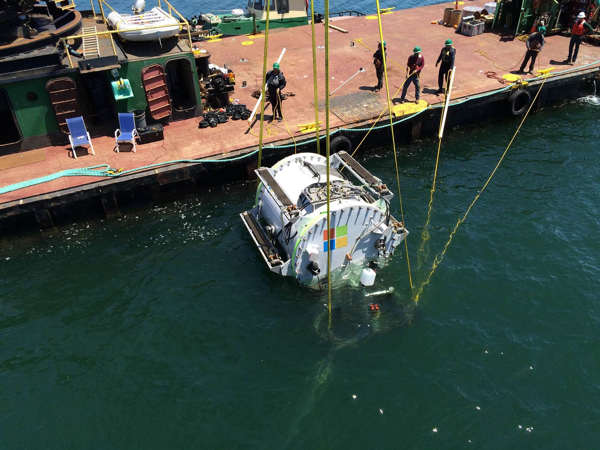 Microsoft trials underwater data centres