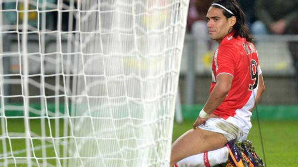 Injured Falcao out of Rennes clash