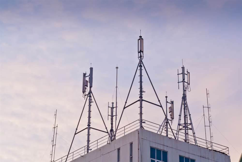 Europe considers reserving 700MHz for mobile data