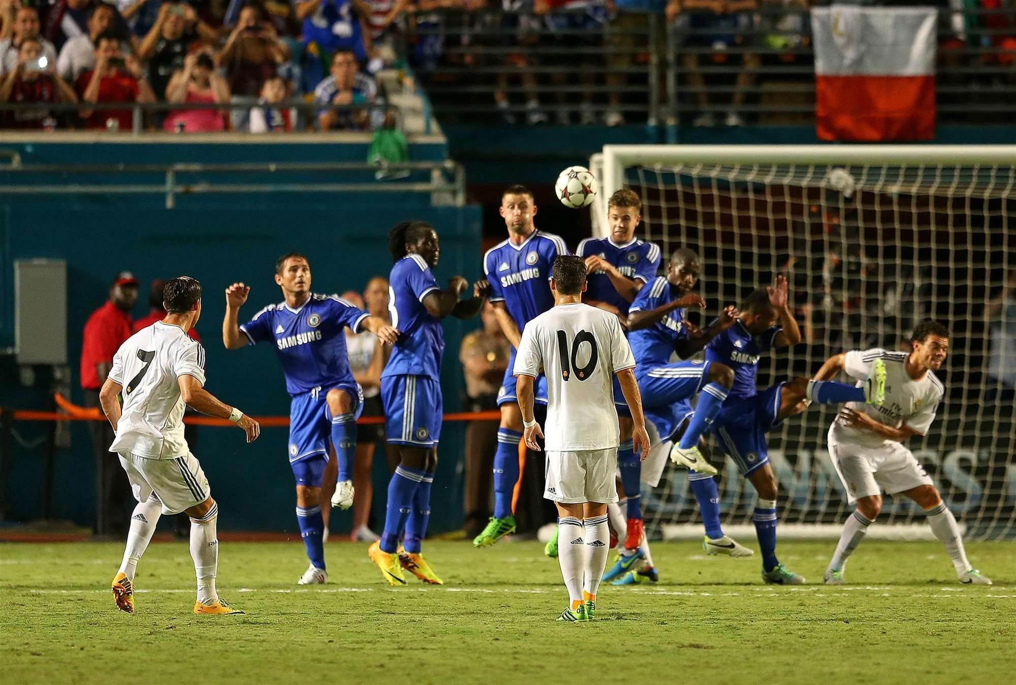 Ronaldo and Real Madrid punish Mourinho and Chelsea