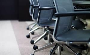 Telstra to cut 1100 operations jobs