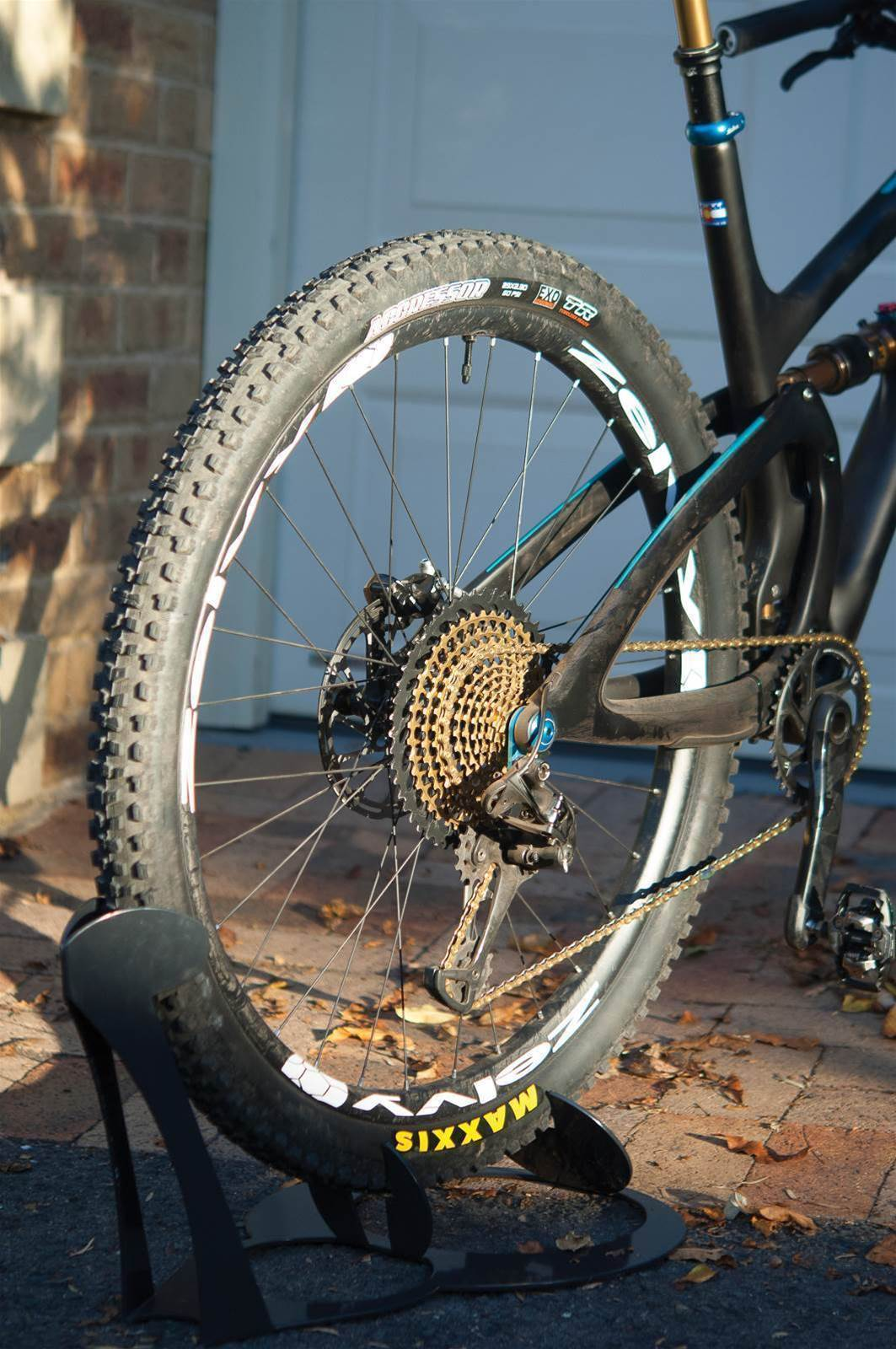 TESTED: Zelvy I9 Carbon 29 PDL Wheel Set