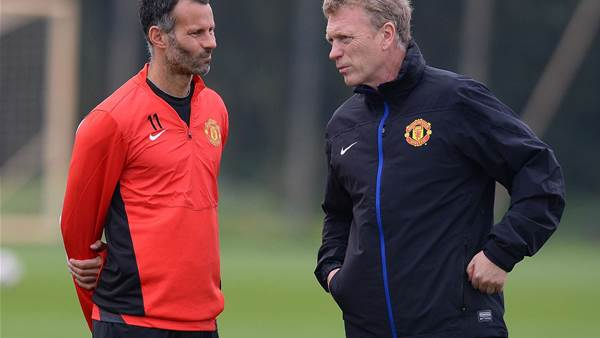 Giggs blames United players