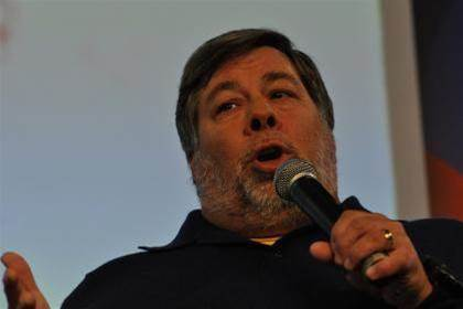 Apple, Google, Facebook will still dominate in 2075, says Wozniak