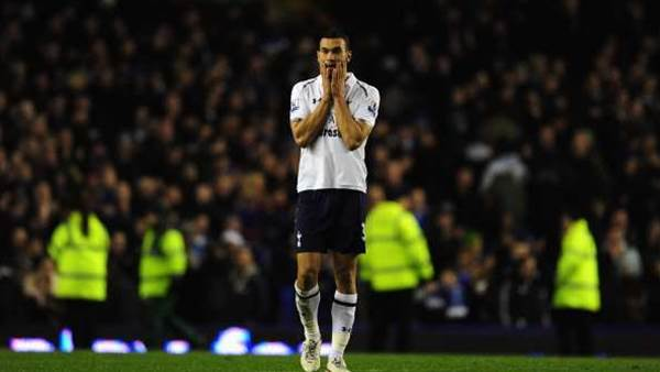 Caulker completes Cardiff switch