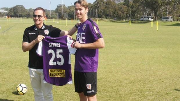 Stynes signs to complete Glory squad