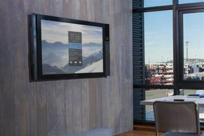 Hands-on Preview: Microsoft Surface Hub