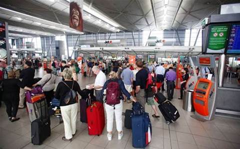 Airservices 'tech issue' grounds Sydney flights