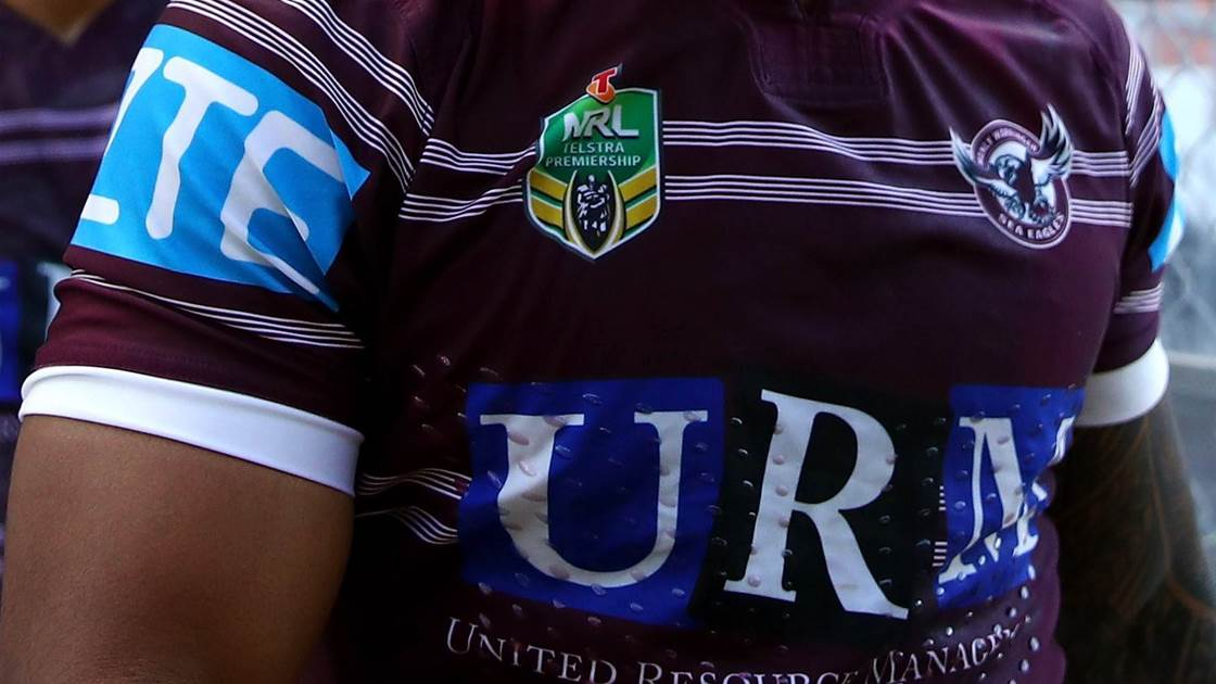 Manly star re-signs in major boost