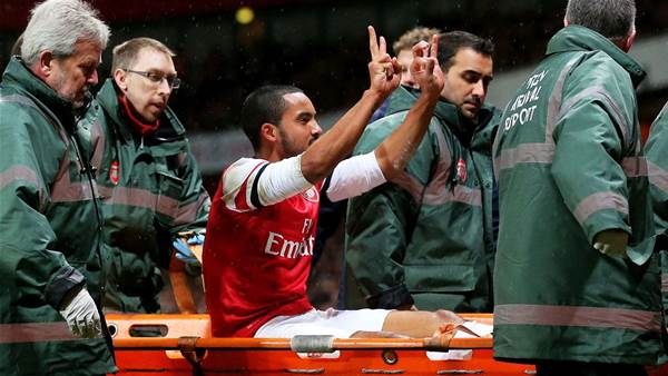 Wenger: Walcott FA Cup gesture not offensive