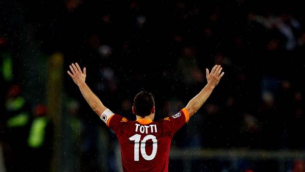 Totti is a legend of the game, says Bradley