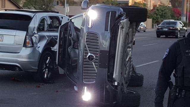 Uber pulls self-driving car fleet following crash in US