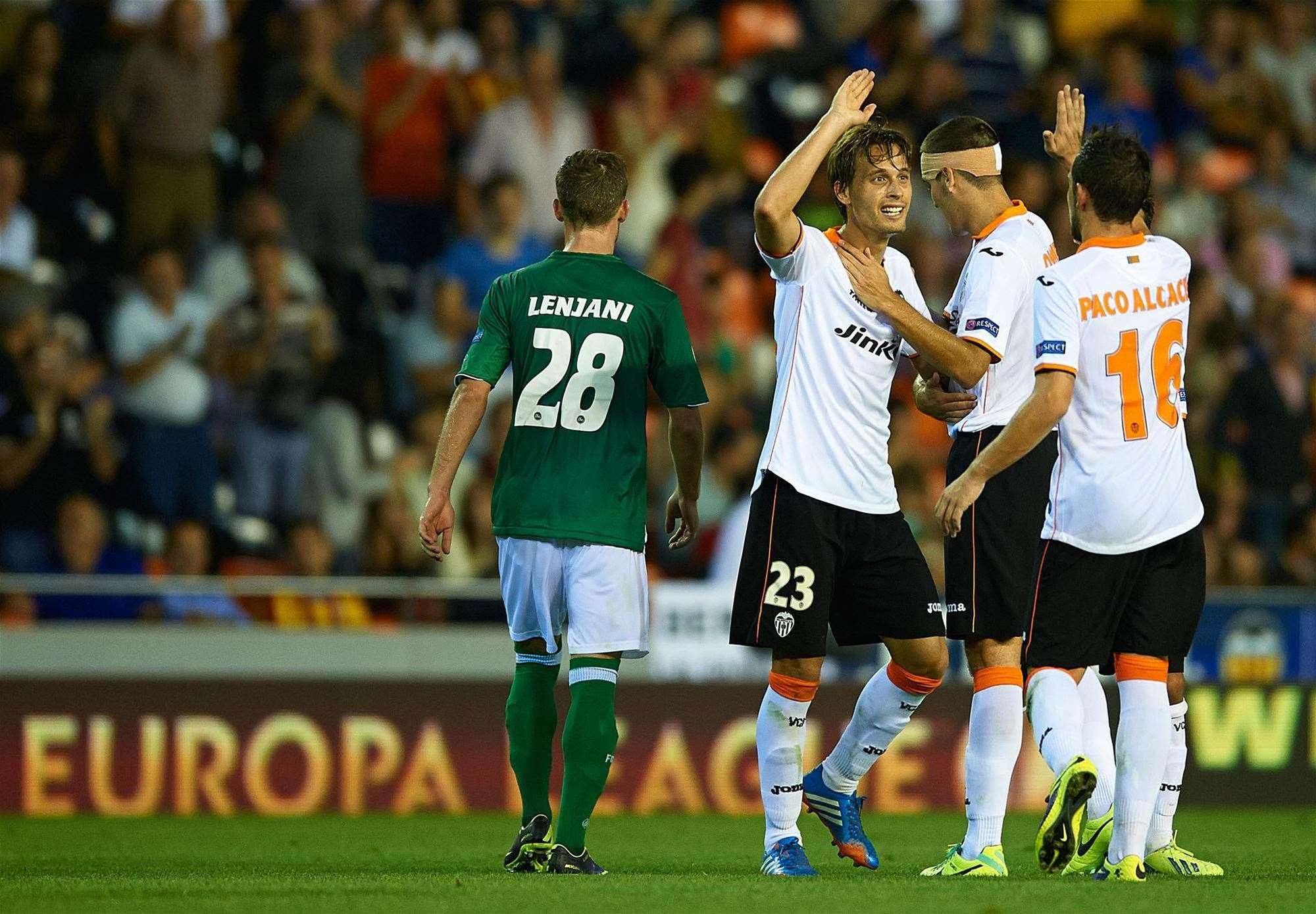 Europa: Spurs, Fiorentina maintain perfect records