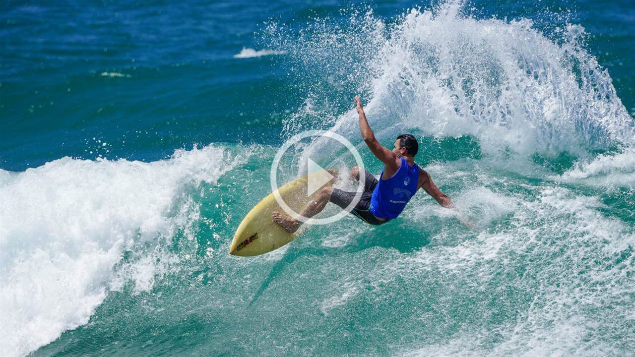 Parko Dazzles On Single Fin!