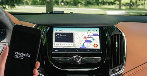 Waze comes to Android Auto
