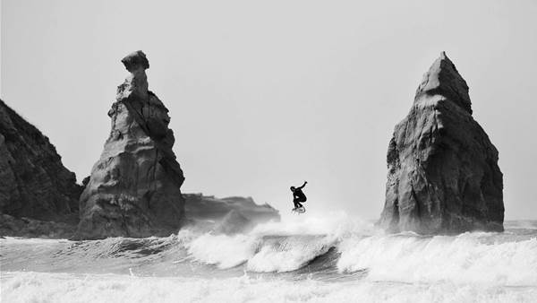 SALT AWARDS – WINNER – SURF PHOTOGRAPHER OF THE YEAR