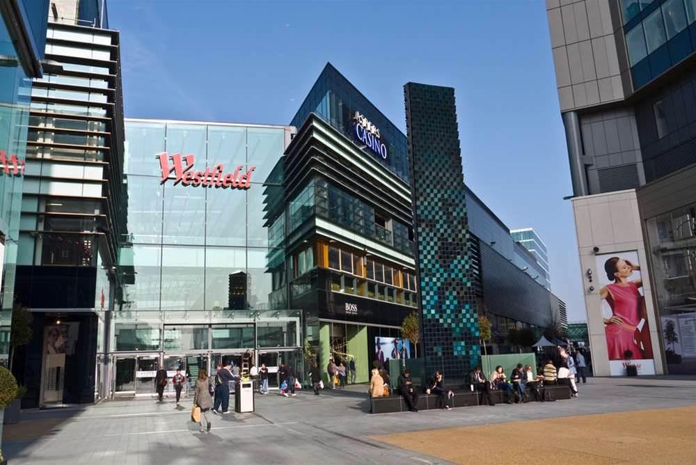 Aussie retailers tread fine line on proximity intelligence