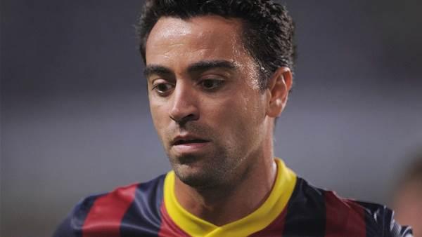 Xavi backs Martino over Bale fee criticism