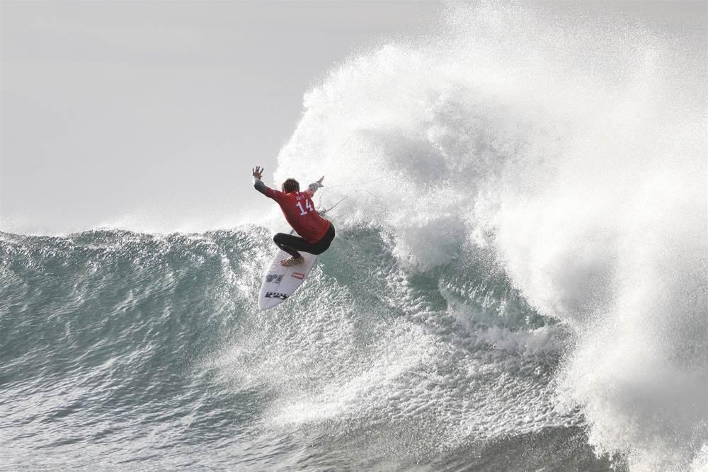 The Hawaiian Hurricane Descends On Bells Beach?
