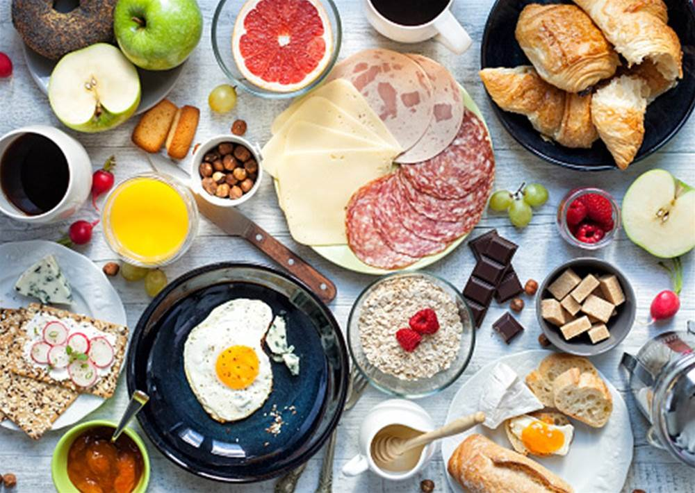 Why every cyclist should eat a big breakfast