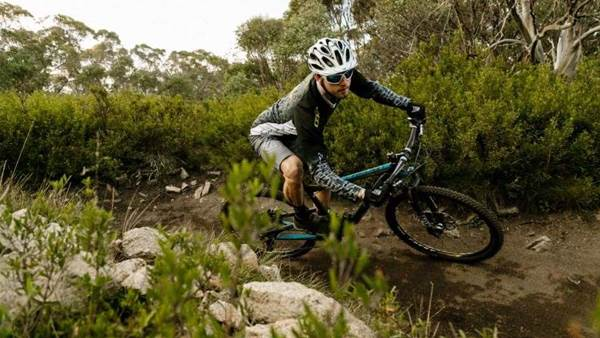 TESTED: GT Helion Carbon Pro