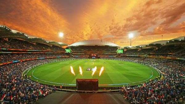 IND V PAK: City of Adelaide goes Bolly