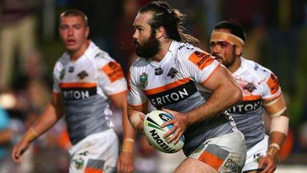 Thurston on fire again in another hot round of rugby league